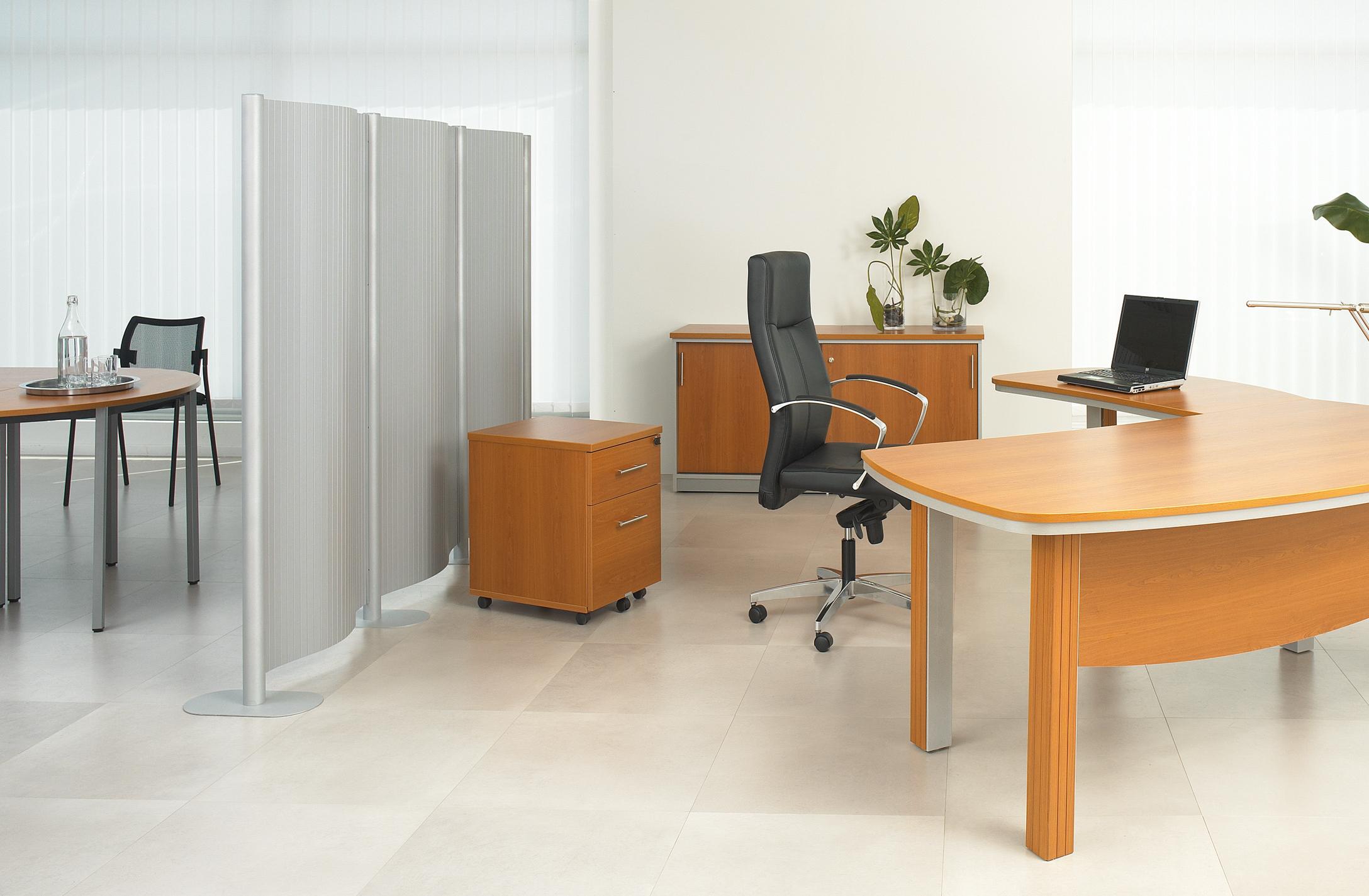 comparez nos diff rentes gammes de cloisonnettes de bureau. Black Bedroom Furniture Sets. Home Design Ideas